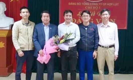 Chi bộ 1 – Đảng bộ Tổng Công ty Cổ phần Hợp Lực trao huy hiệu Đảng và kết nạp cho Đảng viên mới